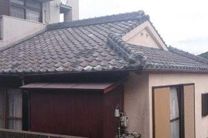 屋根瓦の退色